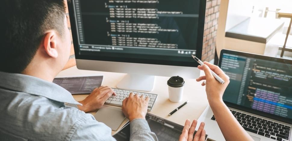 Dlaczego warto robić wdrożenia na frameworku Symfony?