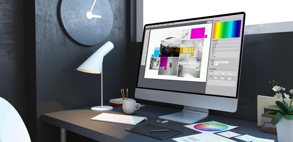 ekran monitora z projektowaną stroną internetową